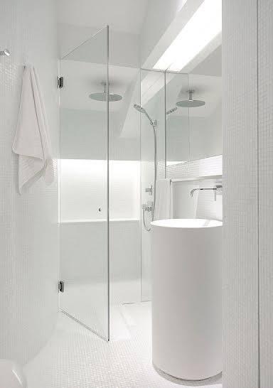 Decoradores barcelona interiorismo para ba os visteme de espacio - Interiorismo banos modernos ...